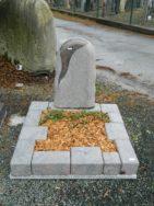 90007 Urnengrab Himalaya Form UR 129 15 Außenmaß 100x100cm