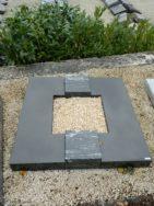 90036 Urnengrab Indisch Black Sky Blue Form UR 42 Außenmaß 100x100cm