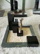 90071 Urnengrab Verde Victoria Indisch Black FormUR 154 16 Außenmaß 100x100cm