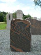 H 172 Felsen Halmstad Poliert Bossiert 50x15x79cm