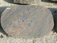 L 175 Liegestein Halmstad Poliert Bossiert 70x45x13cm