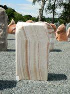 OX 001 Felsen Onyx Poliert 48x19x85cm