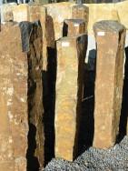 B 831 Basaltsäule 23x17x90cm