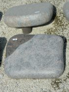 L465 Liegestein Himalaya Geflammt Poliert Form LF 40 1 50x40x12cm