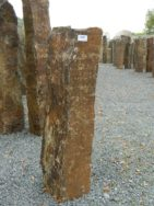 B 987 Basaltsäule 22x30x90cm