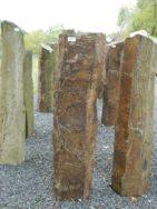 B 988 Basaltsäule 30x25x120cm